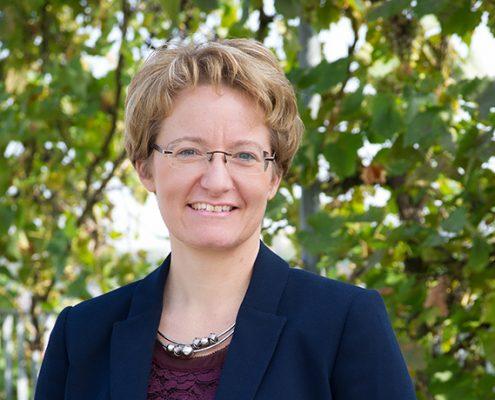Dr. med. <nobr>Barbara Pfeiffer</nobr>